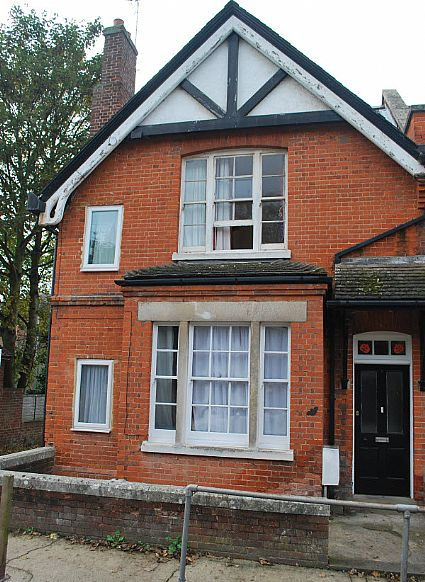 6 St Martins Terrace, Canterbury