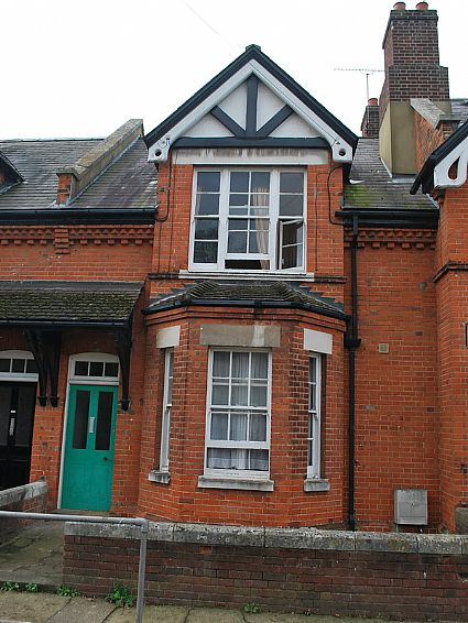 9 St Martins Terrace, Canterbury